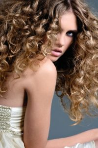 beauty insider:<br> 5 need-to-know frizz FIGHTERS