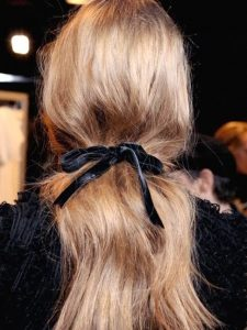 beauty insider:<br> clever HAIRSPRAY styling tricks