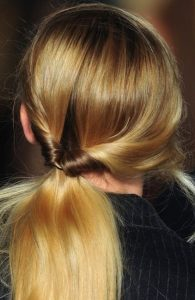 weekend hair: THE 'LOOPSY' PONYTAIL