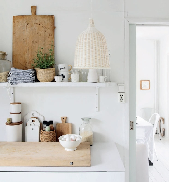 HOME INSPIRATION:<br> SUPER-WHITE &#038; super-BRIGHT