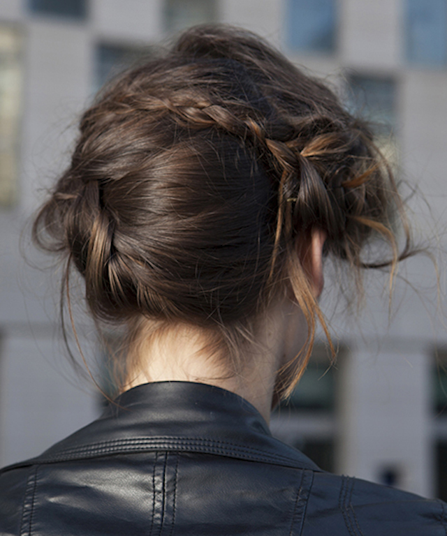 COPY-CAT HER HAIR: THE DECONSTRUCTED BRAIDED UP-DO