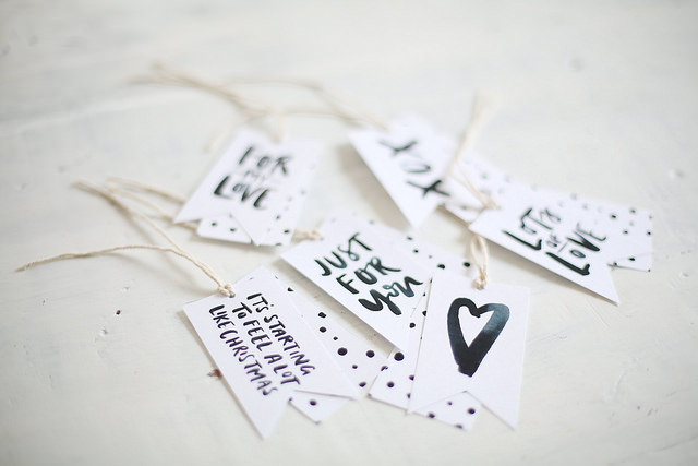 PRINTABLE GIFT TAGS (THEY'RE FREE!) 3