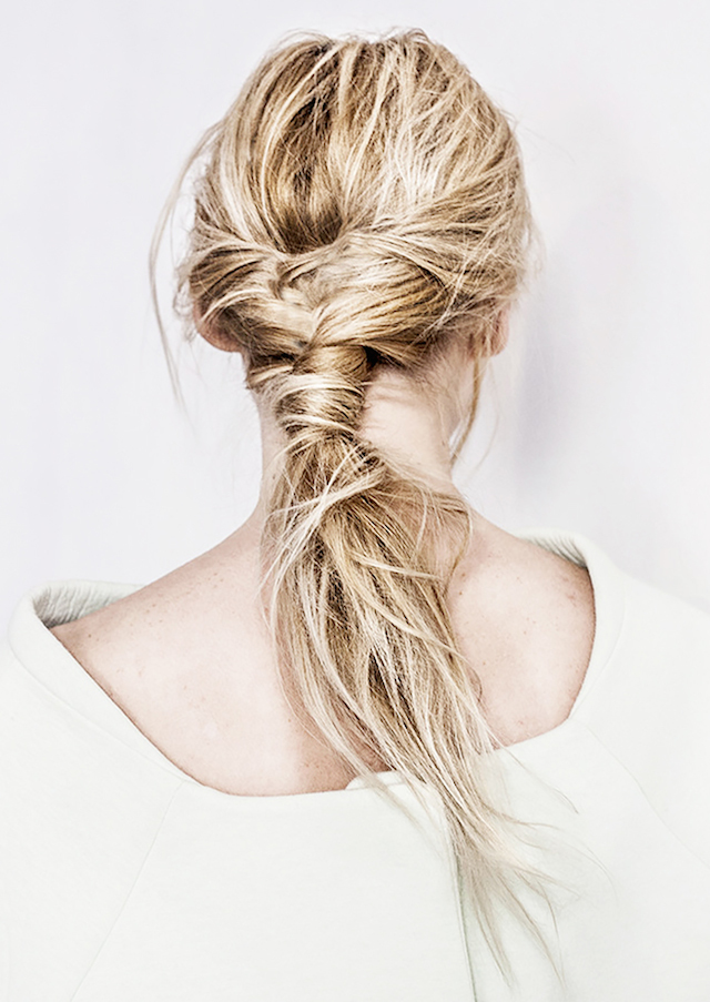 WEEKEND HAIR: THE FISHTAIL PONY