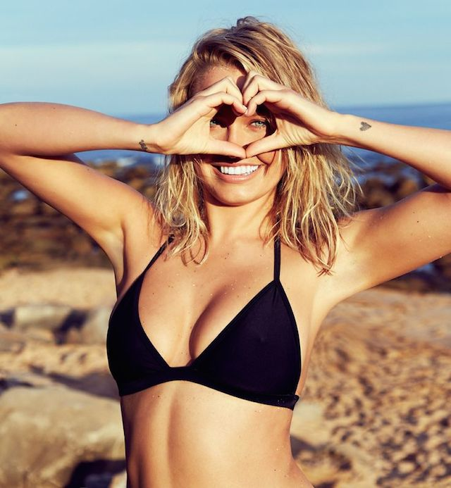 lara bingle's yoga routine