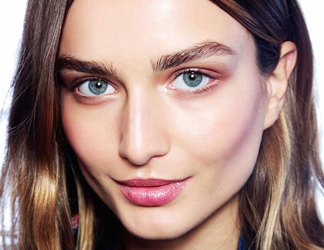 HOW TO UPDATE YOUR MAKE-UP
