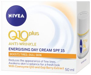 x82322-Energising-Day-Cream-Spf-15-angle-IIS-300x248-1.jpg.pagespeed.ic.kn_ma82IgH
