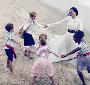 celeb-mumma:<BR> ANGELINA JOLIE {&#038; FAMILY} ON / IN VOGUE