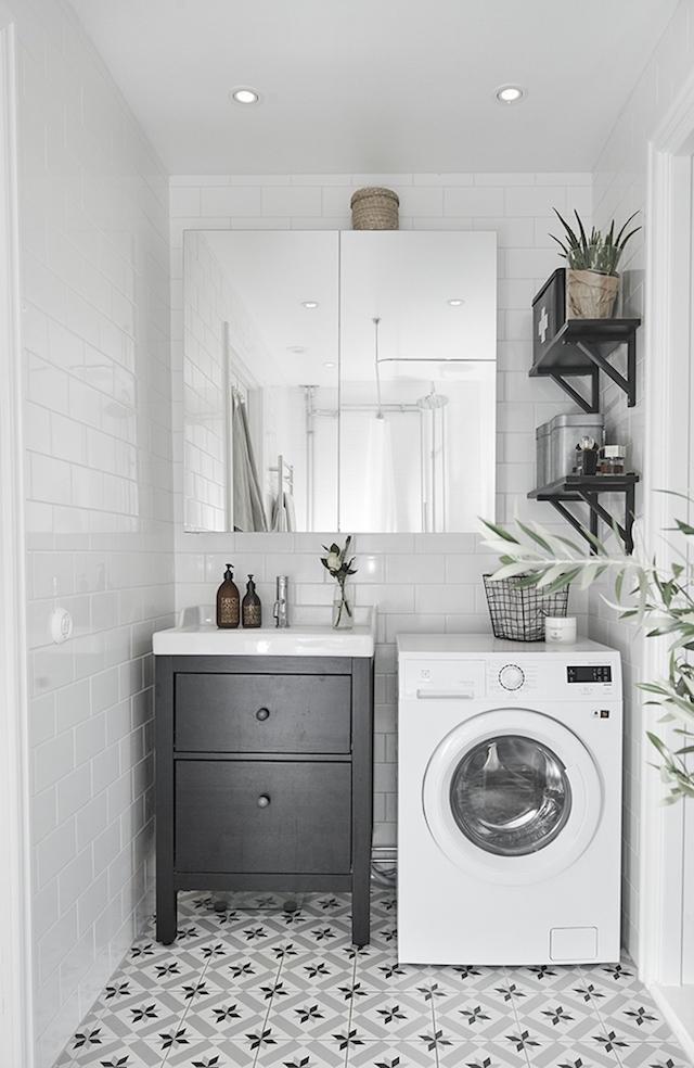 tiles-laundry