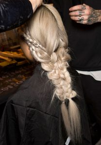 beauty insider:<br> SUPER-QUICK BRAID TRICK