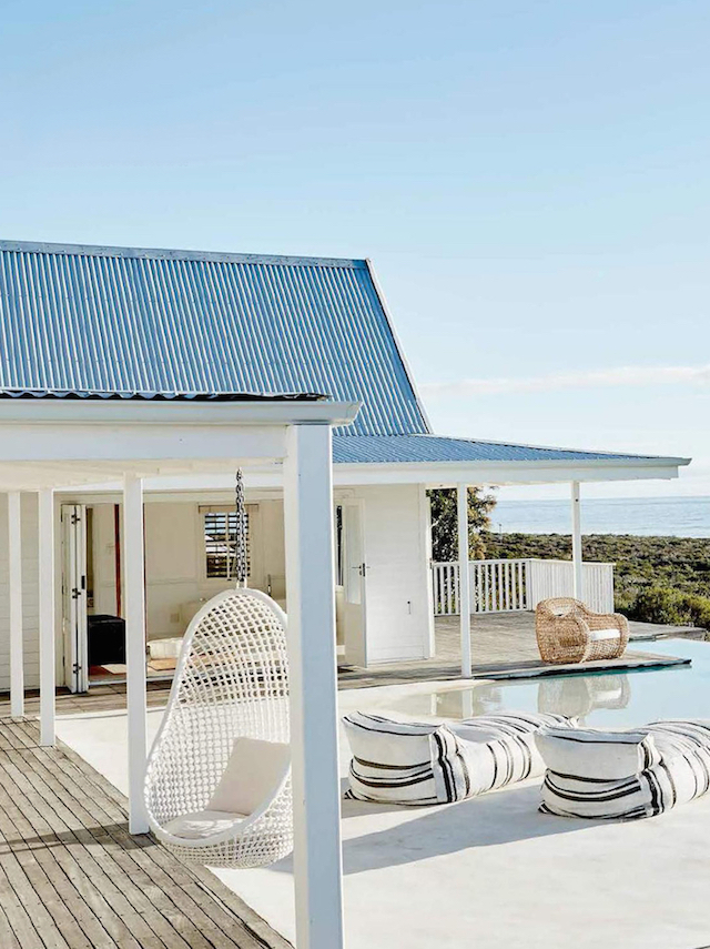 home inspiration - white beach house 10