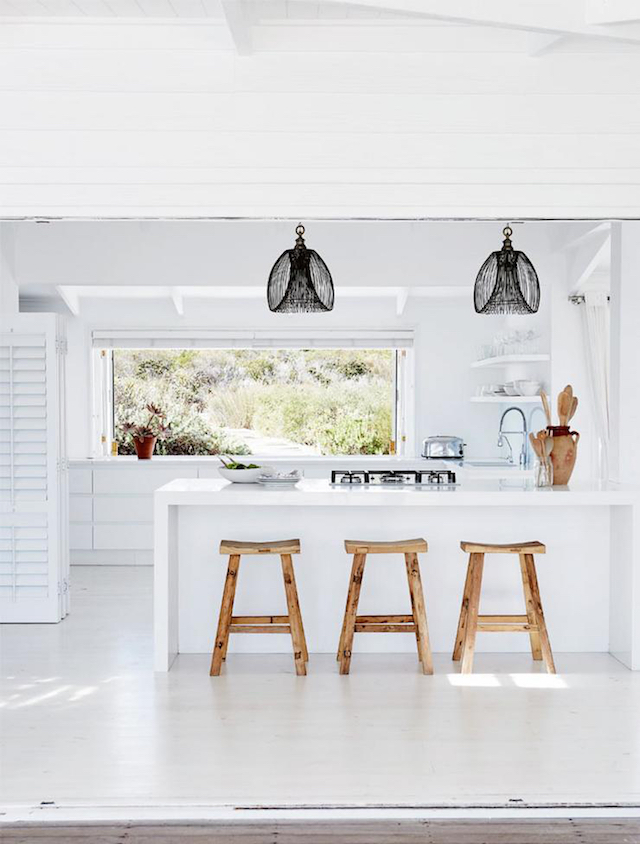 home inspiration - white beach house 5