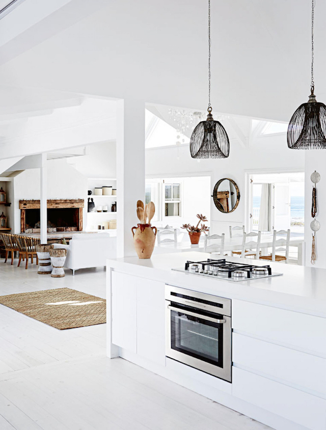 home inspiration - white beach house 6