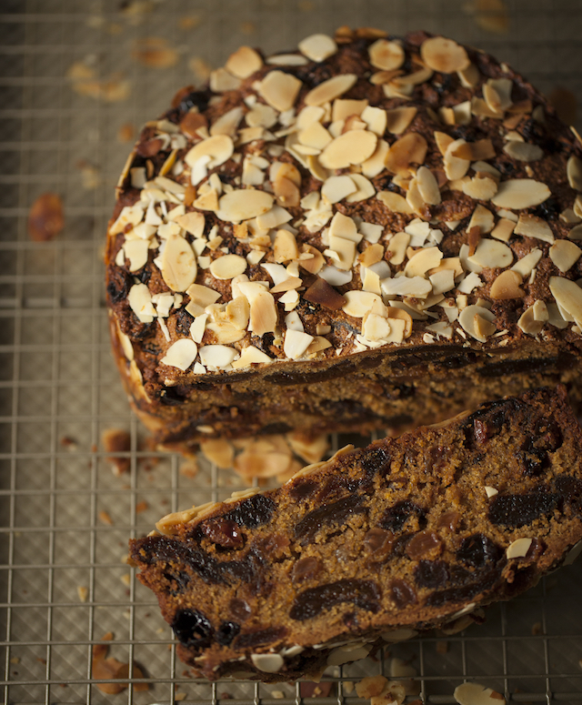 christmas delicious: TERESA CUTTER'S HEALTHY CHRISTMAS CAKE