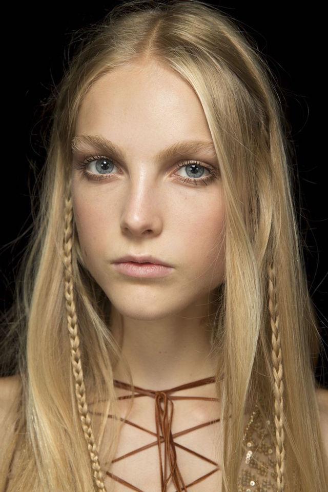 peek-a-boo braids